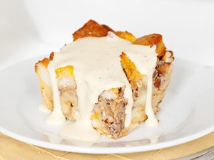 Bourbon&#32;Pumpkin&#32;Bread&#32;Pudding&#32;with&#32;Bourbon&#32;Sauce