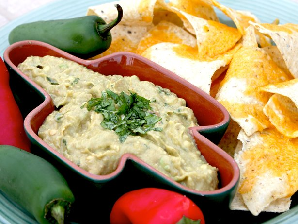 Easy 3-Step Guacamole