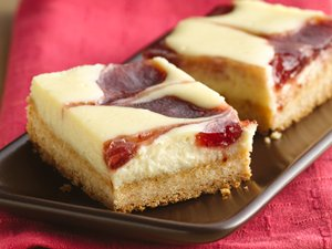 Strawberry&#32;Cheesecake&#32;Bars
