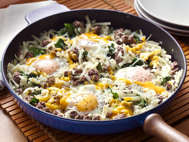 enjoy this delicious hash browns skillet with eggs and spinach any ...