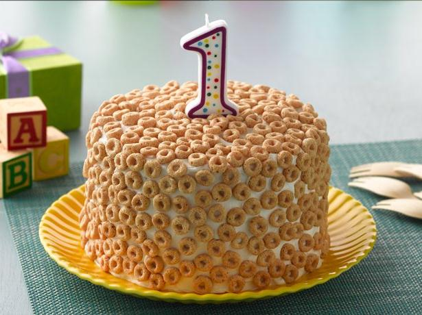 Cheerios  First Birthday Cake recipe from Betty Crocker