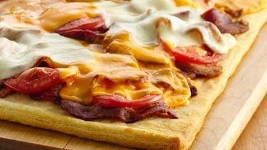 Bacon and Cheese Crescent Pizza