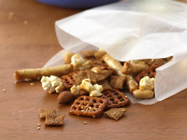Baked Cereal Honey Snack Mix