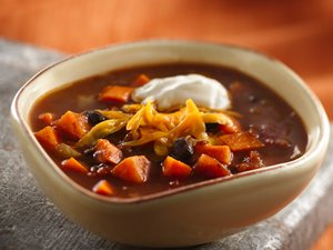 Slow Cooker Black Bean Sweet Potato Chili