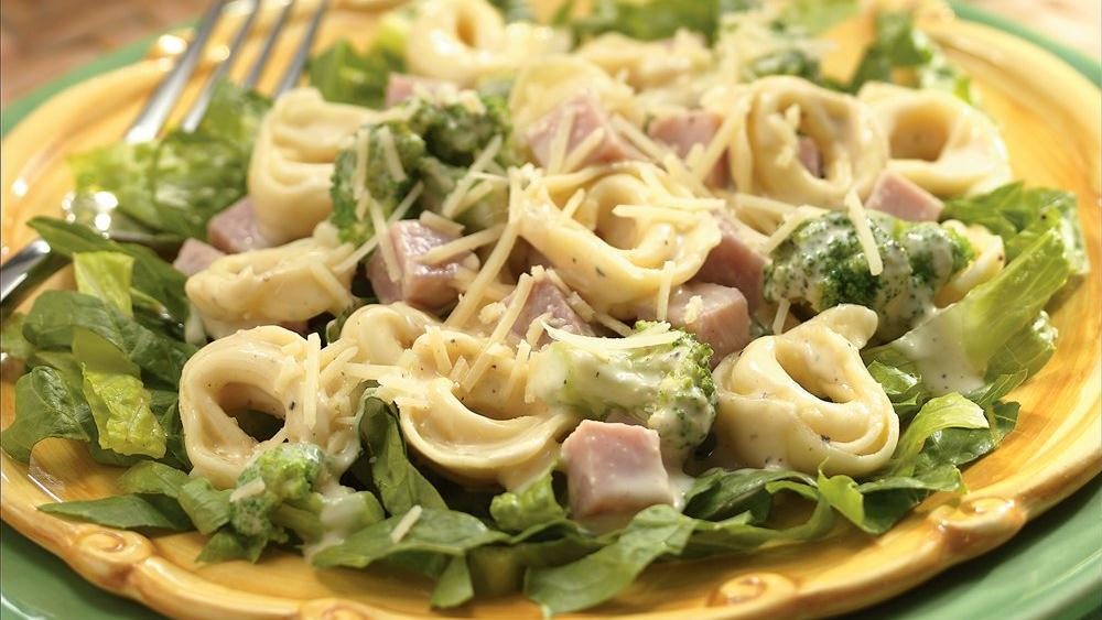 Caesar Tortellini with Ham