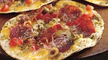 Easy Crisp Crust Pizza On the Grill Recipe