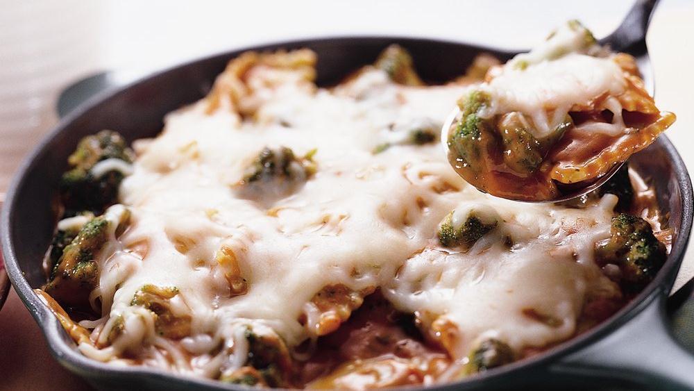 Skillet Ravioli Lasagna