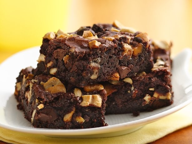 Cashew-Caramel Brownies