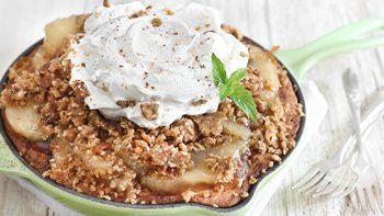 Apple Crisp Snickerdoodle Skillet Cookie