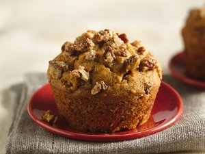 Double-Ginger Pumpkin Muffins with Sweet Candied Pecans