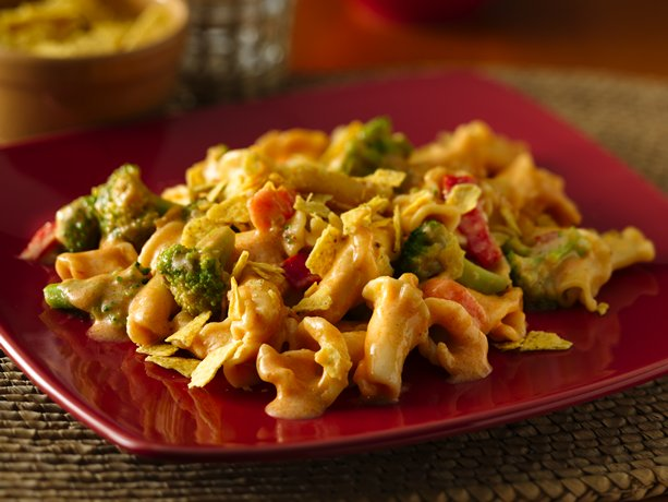 Give traditional Mac and Cheese a Mexican twist! This easy recipe is ...
