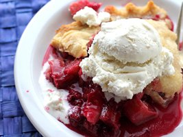 Raspberry Rhubarb Pie
