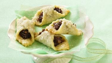 Date-Filled Cookie Wraps