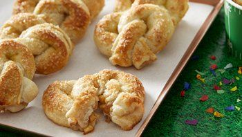 Apple Stuffed Pretzels