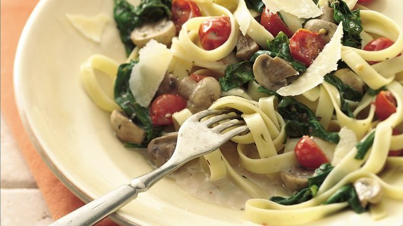 Mushroom and Spinach Fettuccine