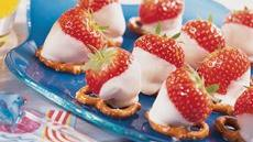 Strawberry-Topped Pretzels Recipe
