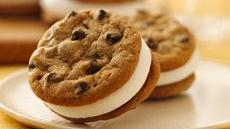 S'more Sandwich Cookies Recipe