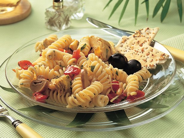 Artichoke-Pepper Pasta Salad