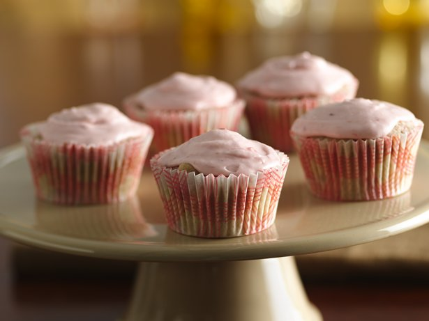 Strawberry-Rhubarb Cupcakes