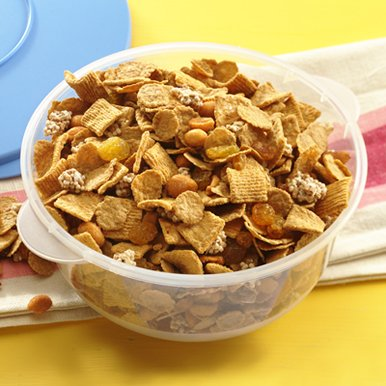 Honey Nut Cheerios 'Beary Good' Snack Mix