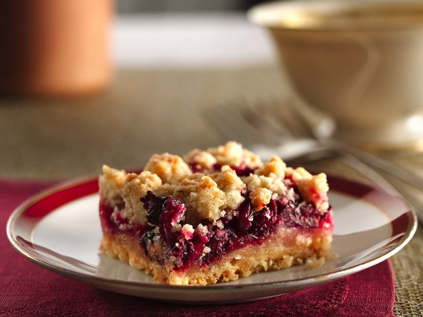 Cranberry Crumb Bars recipe from Betty Crocker