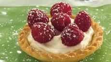 Raspberry-Amaretto Tarts Recipe