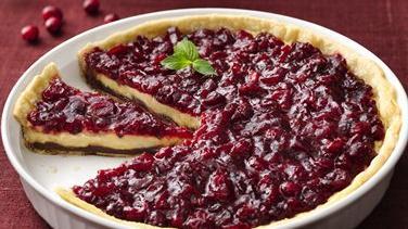 Black-Bottom Cranberry Cream Pie