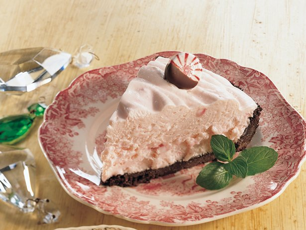 Fluffy Peppermint Pie