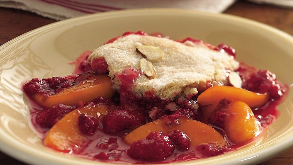 Peach Melba Cobbler