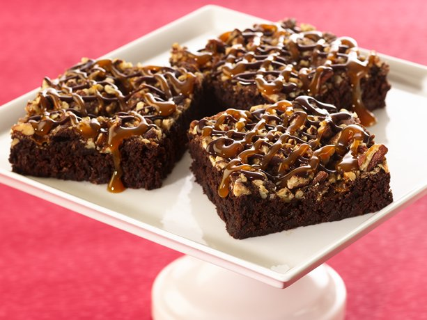 Turtle Brownies | General Mills Convenience and Foodservice