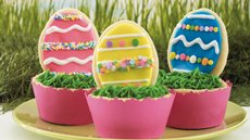 Easter Egg Cookie Cups Recipe