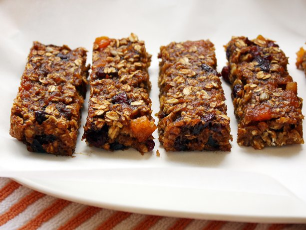 Image of Apricot-cranberry Granola Bars, Betty Crocker