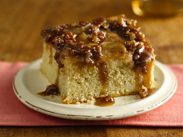 Gluten Free Warm Caramel Apple Cake