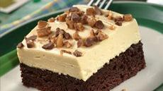 Irish Cream-Topped Brownie Dessert Recipe