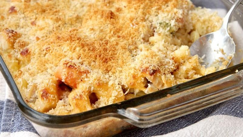 Macaroni and Cheesy Chicken Baked Casserole