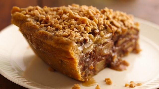 Image of Apple-pear Praline Pie, Pillsbury
