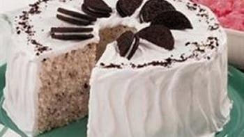 Kitkat's Oreo Cake
