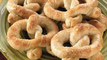 Soft Pesto Pretzels