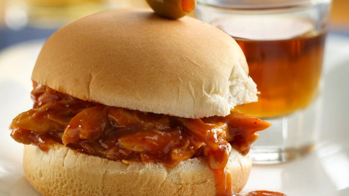 Whiskey and Beer BBQ Chicken Sliders - Life Made Delicious