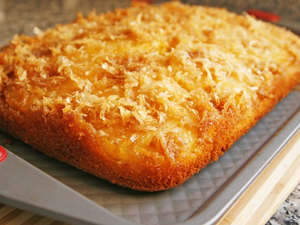 Pia Colada Upside-Down Cake