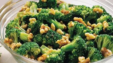 Broccoli with Walnut-Garlic Butter