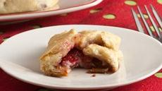 Raspberry and Black Pepper Baked Brie Bites Recipe