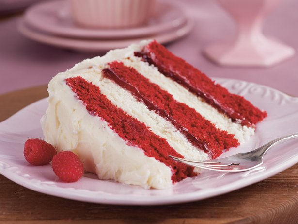 Raspberries and Cream Layer Cake recipe from Betty Crocker