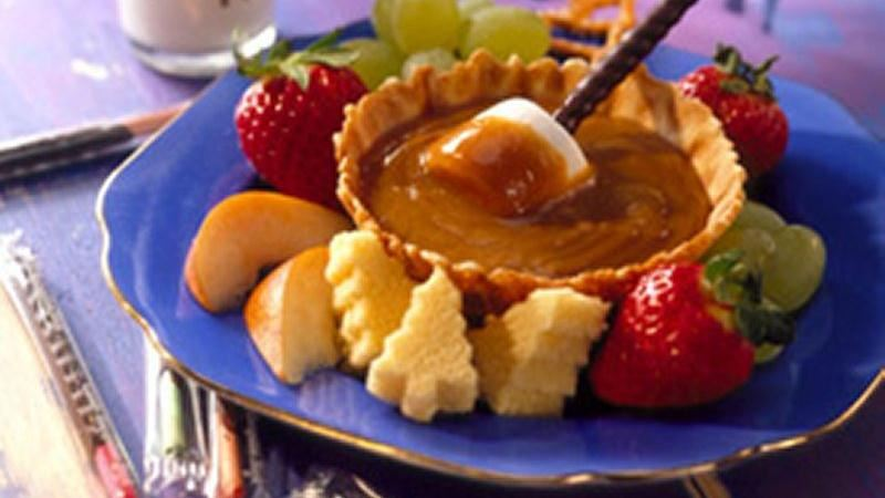 Christmas Vacation Peanut Butter Fondue recipe from Betty Crocker
