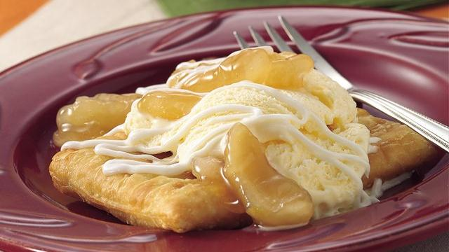 Toaster Strudel Apple Sundaes