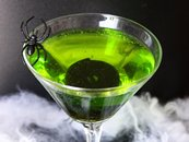 Fizzy Ghoul Halloween Cocktail