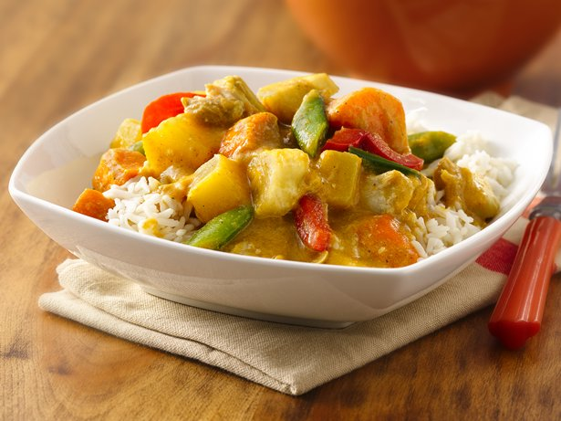 Slow Cooker Chicken-Coconut-Pineapple Curry