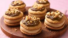 Fudgy Peanut Butter Sandwich Cookies Recipe