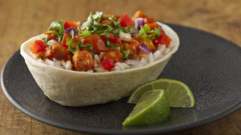 Southwest Chipotle Chicken Burrito Bowls recipe from Betty Crocker
