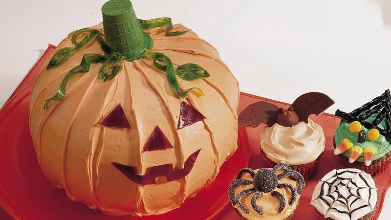 Jack-o'-Lantern Cake
